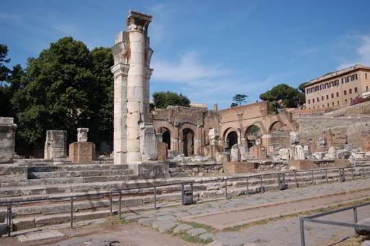 Basilica-Giulia