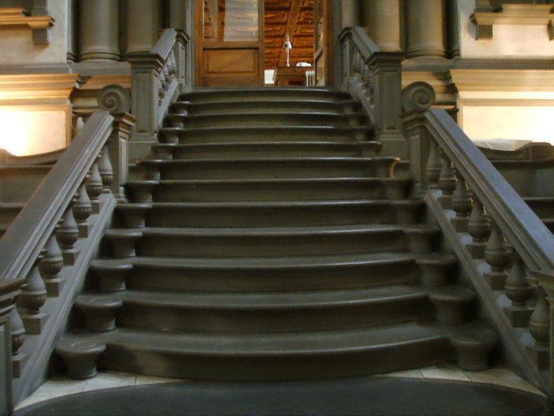 Biblioteca-Medicea-Laurenziana-scalone-di-Michelangelo