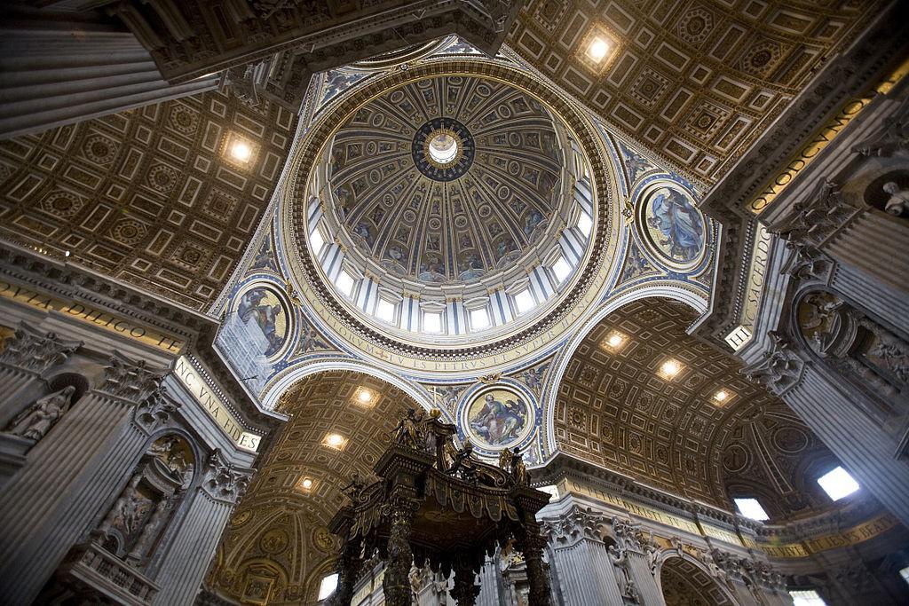 Interno-della-cupola-Basilica-di-San-Pietro-Roma