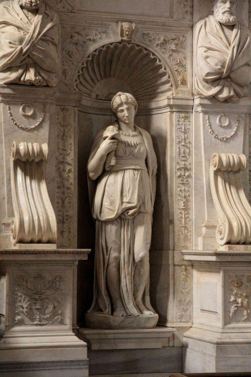 Lia-tomba-di-Giulio-II-Michelahgelo